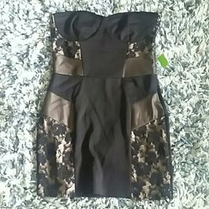 Pretty, slimming nwt black dress